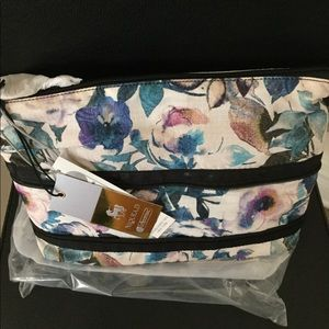 Fla$h $ale BrandNWT LeSportSac Floral CosmeticCase